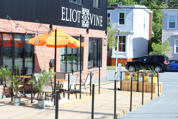 Eliot-and-Vine-extreior